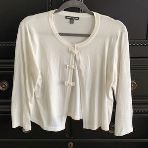 Cable and Gauge white cropped cardigan